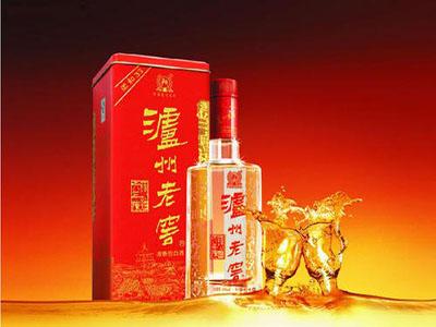 酱香型白酒和浓香型白酒的不同之处,你知道吗?